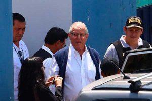 PPK fue trasladado a clínica mientras se evaluaba pedido de prisión preventiva