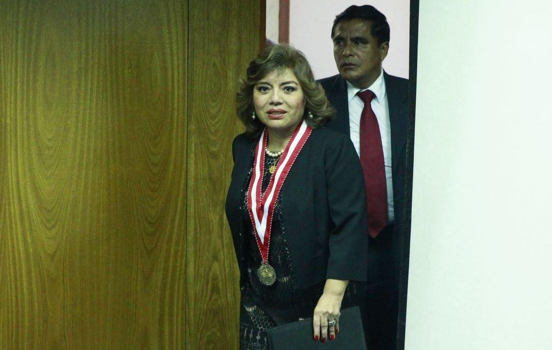 Fiscalía ocultó archivo de denuncia contra periodista de Expreso