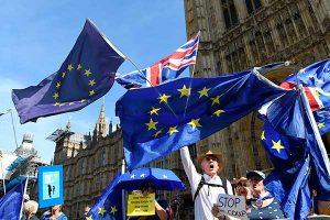 Oposición laborista en pie de guerra por brexit