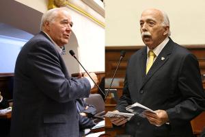 FP y AP evalúan interpelar a premier y ministro Ísmodes