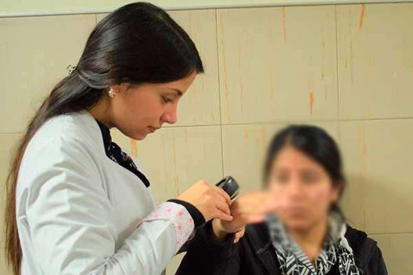 EsSalud recomienda proteger piel para evitar enfermedades dermatológicas en el invierno