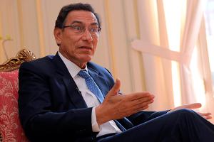 Vizcarra acepta diálogo con Olaechea, pero en Palacio