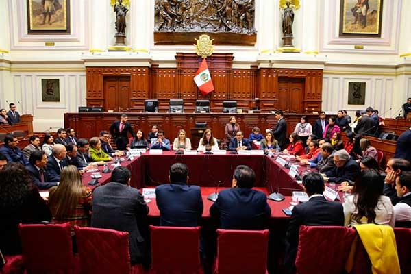 EN VIVO | Constitución debate predictamen que archiva adelanto de elecciones