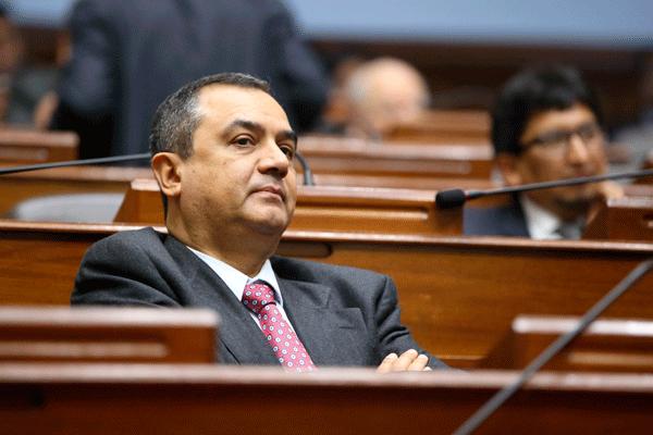 Relación con el Congreso ha sido «fructífera», dice ministro de Economía