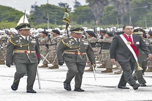Ejército dividido por cuestión de confianza