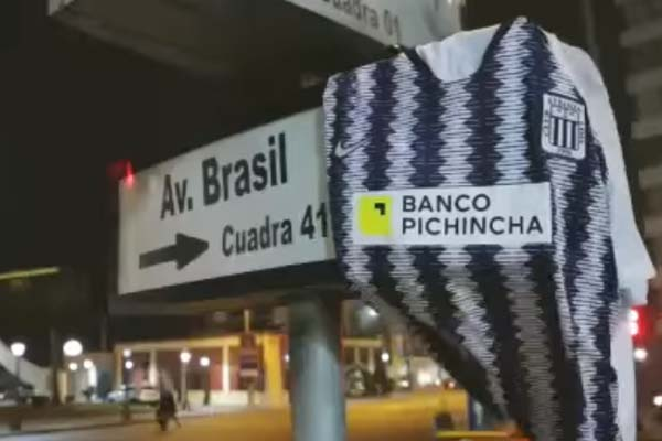 Polémico spot del Banco Pichincha desata ira de hinchas de Alianza Lima