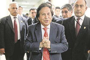 Toledo entregó lista de potencial bélico a Chile