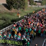 Cataluña: Protestas independentistas en varias ciudades causan 74 heridos