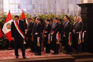 Vizcarra tomó juramento de los ministros del Gabinete Zeballos