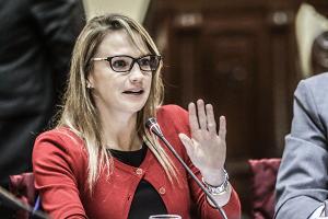 Luciana León intercedió por La Victoria ante el Ministerio de Vivienda