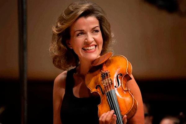 Violinista ganadora de Grammys se presenta en Lima