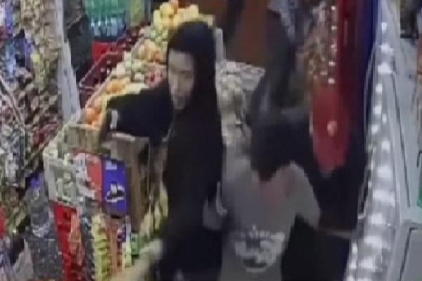 Surco: Mujer e hijo frustran robo a mano armada en su tienda