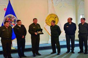 Comandante General del Ejército se reunió con el Presidente del Consejo de Delegados de la Junta Interamericana de Defensa (JID)