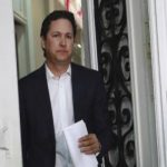 Empresarios abandonan a Daniel Salaverry