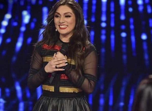 Peruana necesita votos para alzarse como «Reina de la Canción»