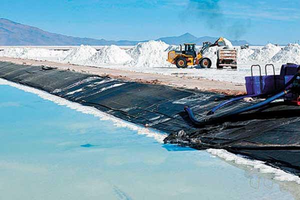 Alemania reclama a Bolivia acuerdo de litio