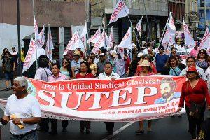 Sutep exige 6 puntos del PBI para Educación