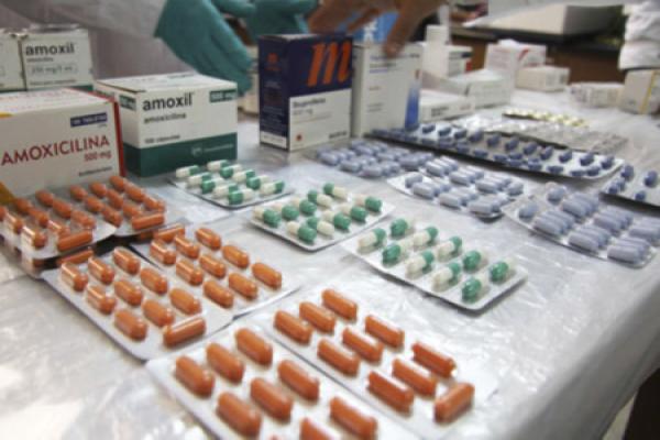 8 mil centros de salud tendrán genéricos