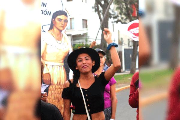 Candidata al Congreso exige al JNE que sea registrada como mujer