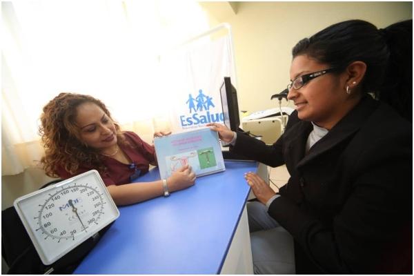 EsSalud realizará despistajes de cáncer de cuello uterino en Lima, Callao y Huacho