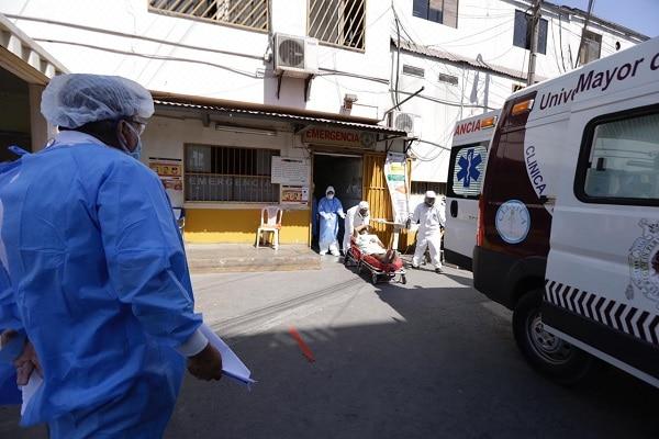 120 mil fallecidos por la pandemia