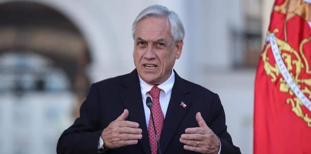 Sebastián Piñera destituye a su ministro de Salud tras polémica gestión de COVID-19