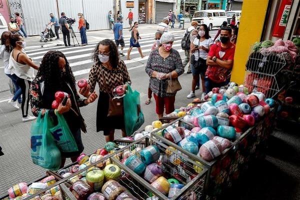 Brasil: un alcalde anuncia apertura del comercio «muera quien muera» [VIDEO]