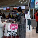 Francia obligará a viajeros de 16 países, incluido Perú, a hacerse la prueba del coronavirus