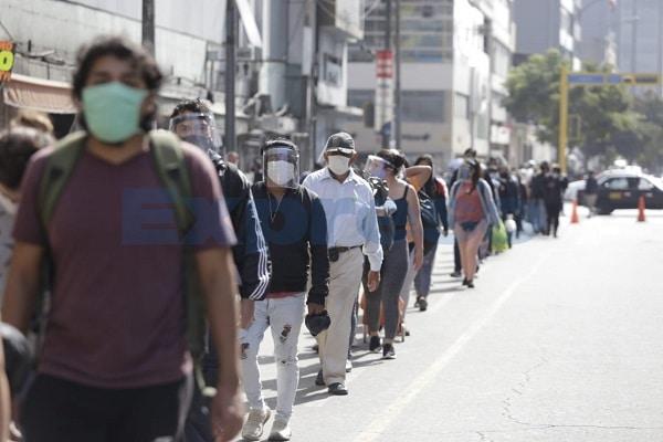 El país continúa en primera ola de contagios por COVID-19, afirma epidemiólogo Neyra Escalante