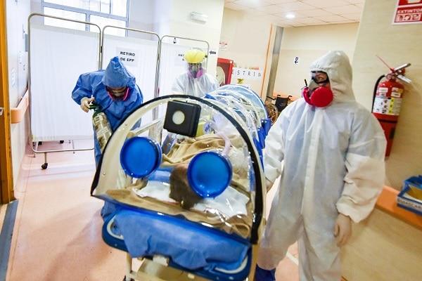 Equipo multidisciplinario del INSN San Borja salva la vida de 72 niños con diagnóstico COVID-19