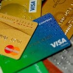 Bancos están obligados a emitir una tarjeta de crédito sin cobro de membresía desde el 30 de agosto