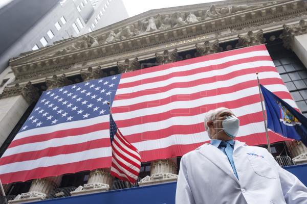 EE.UU. supera los 2 millones de contagios de COVID-19
