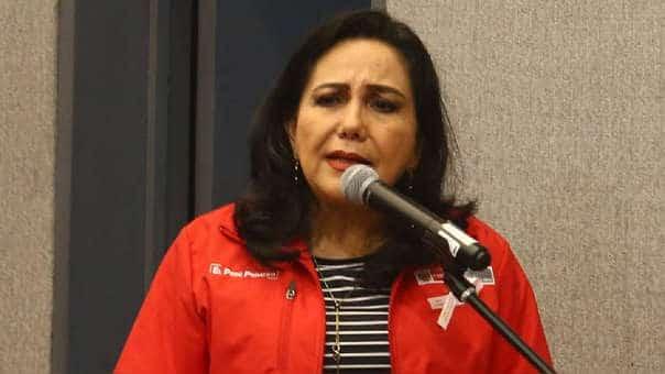 Gloria Montenegro: «El Congreso parece un marido pegalón, que te golpea cada vez que están bien»
