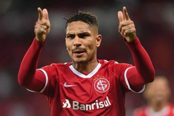 Paolo Guerrero marcó un doblete en la victoria del Internacional ante el Aimoré
