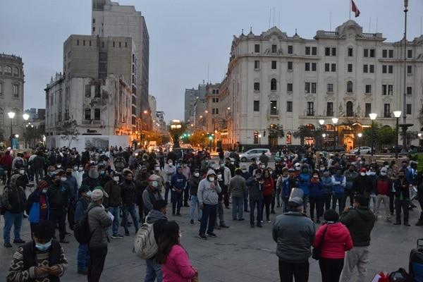 Minsa reporta 600,438 casos confirmados y 27,813 fallecidos por COVID-19 en el Perú