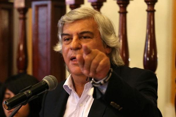 """""""Salas Arenas abusa del voto dirimente"""""""