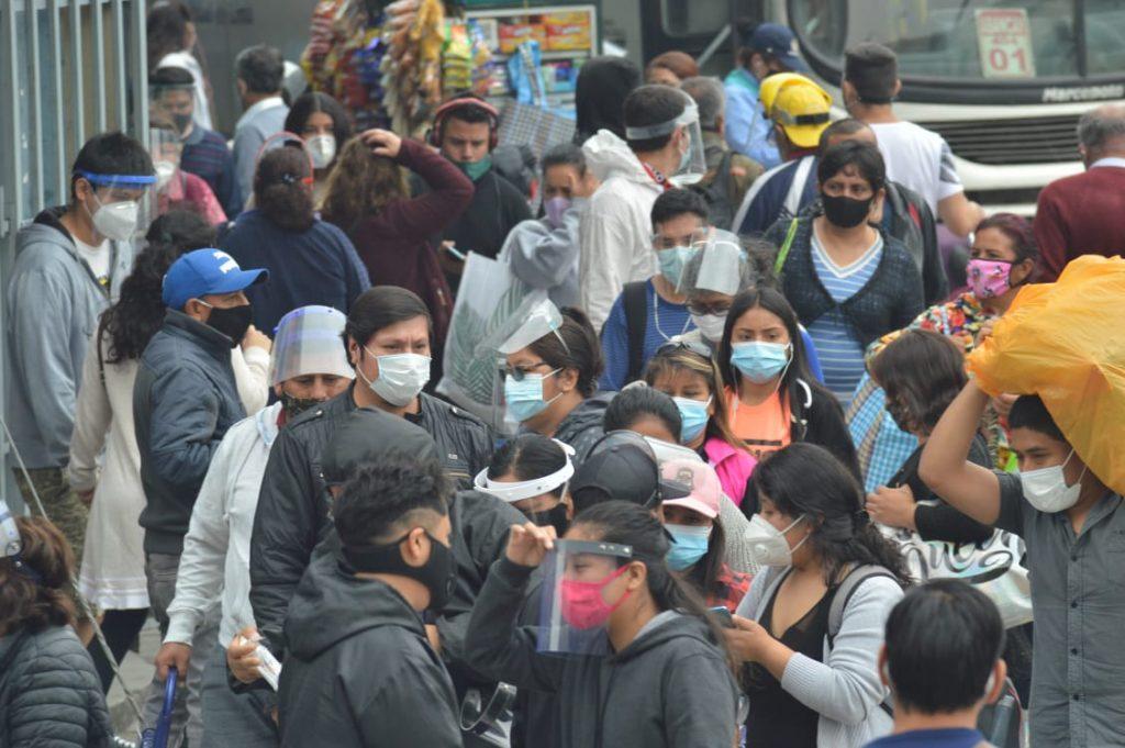 Minsa reportó 876,885 infectados y 33,937 fallecidos por COVID-19 en el Perú