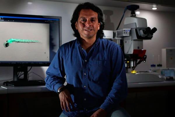Biólogo Edward Málaga y las trabas burocráticas para que la 'prueba rápida molecular' sea una realidad