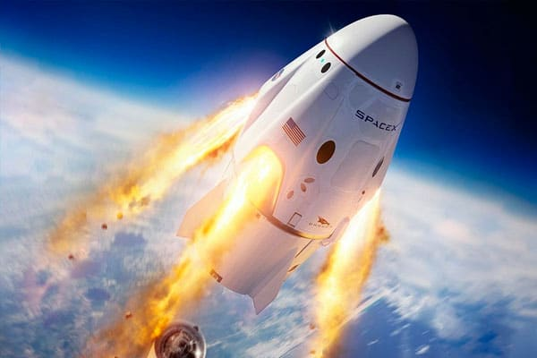 Cápsula de SpaceX regresa a la tierra