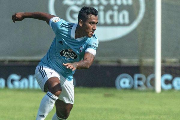 Renato Tapia hizo su debut en el Celta de Vigo