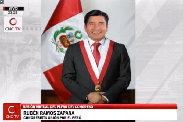 "Congresista Rubén Ramos Zapana: ""Ejecutivo se ha quitado la careta"""