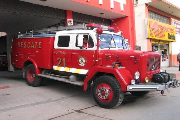 Bomberos atendieron 35 incendios y 14 emergencias médicas en la madrugada de Año Nuevo
