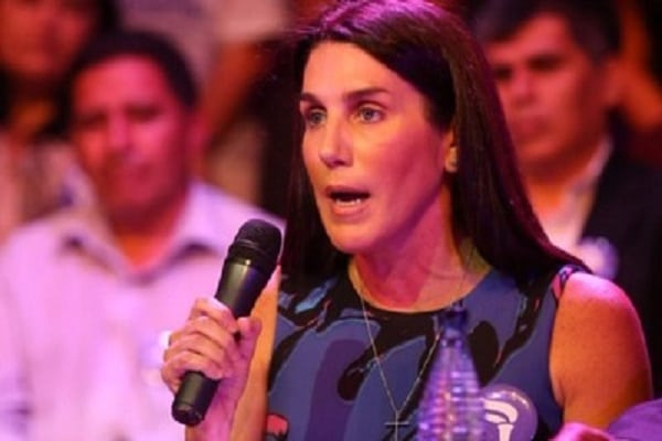 Congresista Carolina Lizárraga será precandidata presidencial del Partido Morado