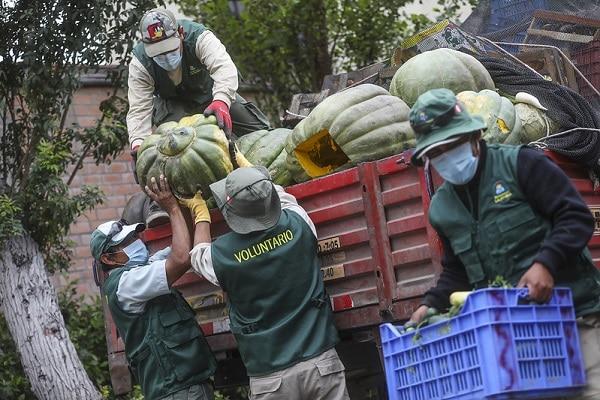 Gran Mercado Mayorista de Lima dona 10 toneladas de alimentos para los animales del Parque de las Leyendas