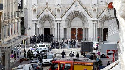 Vaticano lamenta atentado en Francia: «El ataque de hoy ha sembrado la muerte en un lugar de amor»