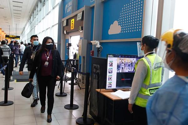 Gobierno evaluará ampliar nuevas rutas para los vuelos internacionales, anunció Martín Vizcarra