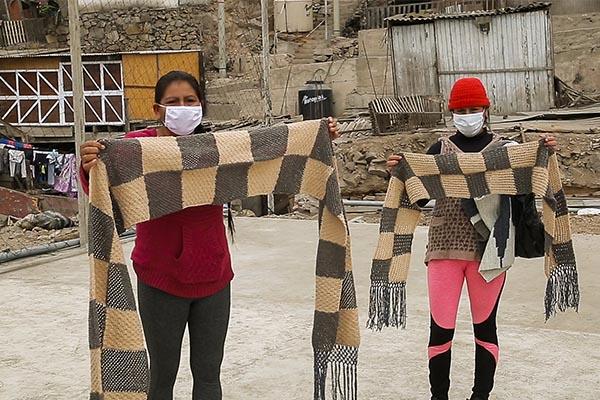 Campaña «Tejedoras por la esperanza» reúne a mujeres emprendedoras de San Juan Lurigancho