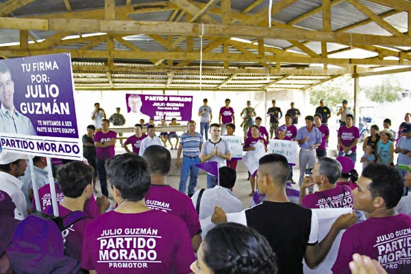 Carolina Lizárraga: Julio Guzmán se aprovecha de su cargo
