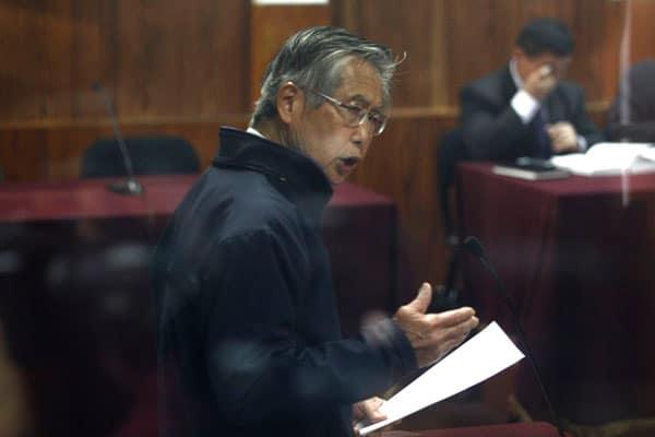 Alberto Fujimori: «Mi total solidaridad con la familia policial»