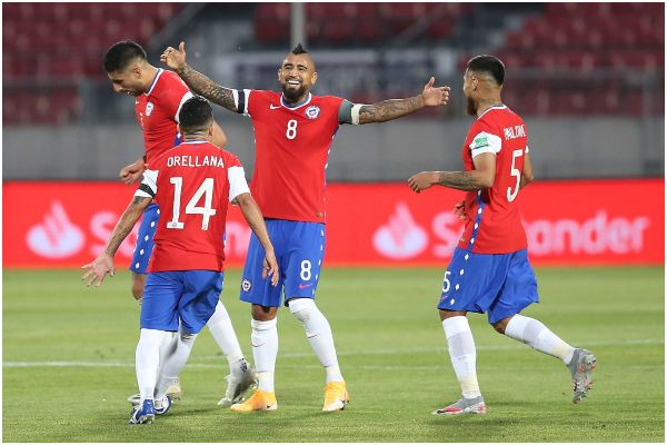¡Nueva derrota! Chile ganó 2-0 a Perú en Santiago por las eliminatorias sudamericanas| RESUMEN